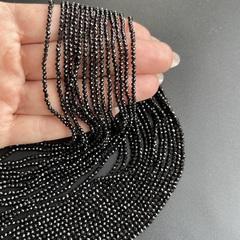Бусины шпинель чёрная A граненая 2 мм