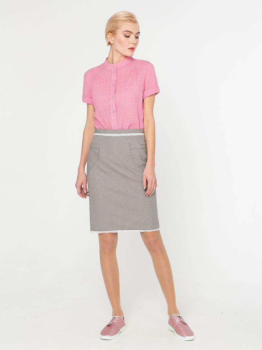 Юбка Б079-590 - Прямая хлопковая юбка в тонкую полоску. Спереди накладные карманы. Низ обработан рваным шифоном. Стильная и комфортная, она станет любимой моделью на лето.