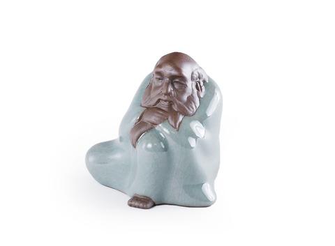 Чайная фигурка из глины с нефритовой эмалью