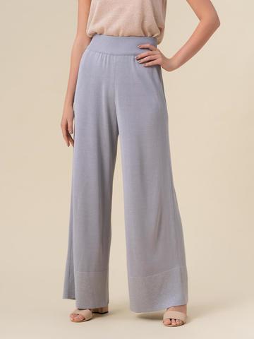 Женские брюки-клеш светло-серого цвета из шелка и вискозы - фото 4