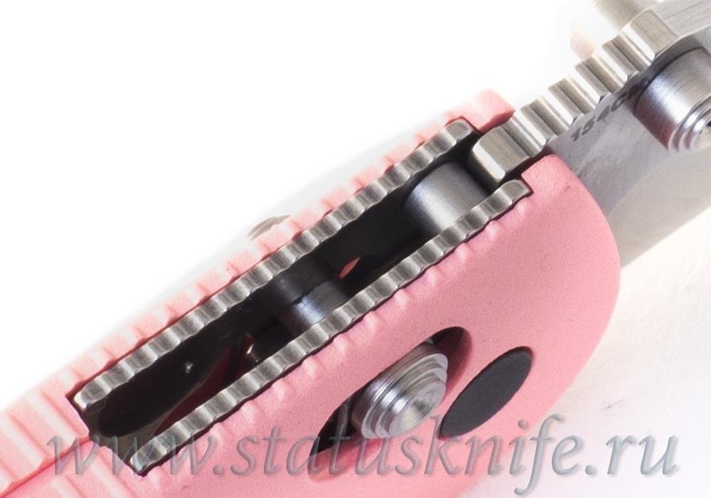Нож Benchmade 556PNK mini griptilian Prototype - фотография