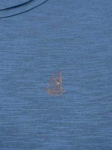 Long-sleeved V-neck navy t-shirt