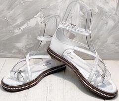 Сандали босоножки с закрытой пяткой. Кожаные сандалии босоножки на низком ходу. Белые босоножки сандалии женские кожаные Evromoda-White