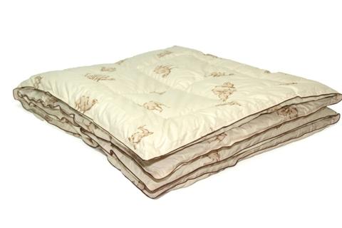 Теплое одеяло из верблюжьей шерсти люкс