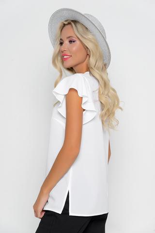 """<p><span>Романтическая блуза стильного кроя.Гармонично сочетается с множеством фасонов брюк и юбок.Рукав """"крыло"""". </span></p>"""