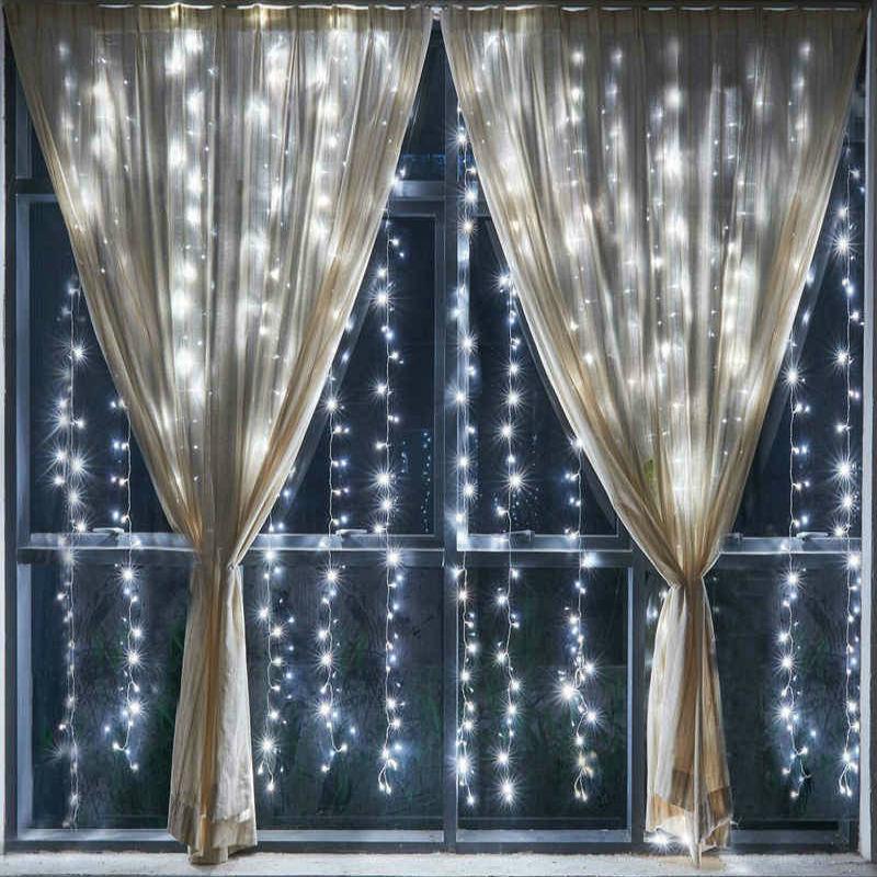 Для праздника Светодиодная гирлянда на окно Штора (3x2м) svetodiodnaya-girlyanda-na-okno.jpg