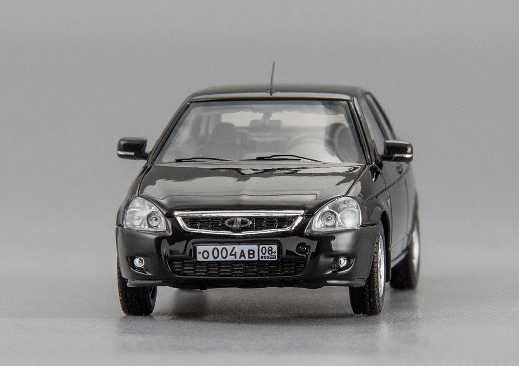 Коллекционная модель ВАЗ 2170 Lada Priora Седан 2009