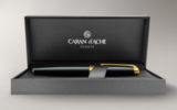 Перьевая ручка Carandache Leman Ebony black lacquered GP (F) латунь лак отделка позолота (4799.272)