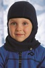 Съёмный микрофлисовый шлем различных расцветок в зависимости от цвета куртки, уже в комплекте!
