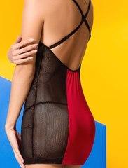 Платье из черной сетки с красными вставками Coline