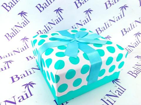 Коробка подарочная квадратная с бантом, 16x16x8см, белый/бирюзовый/горох