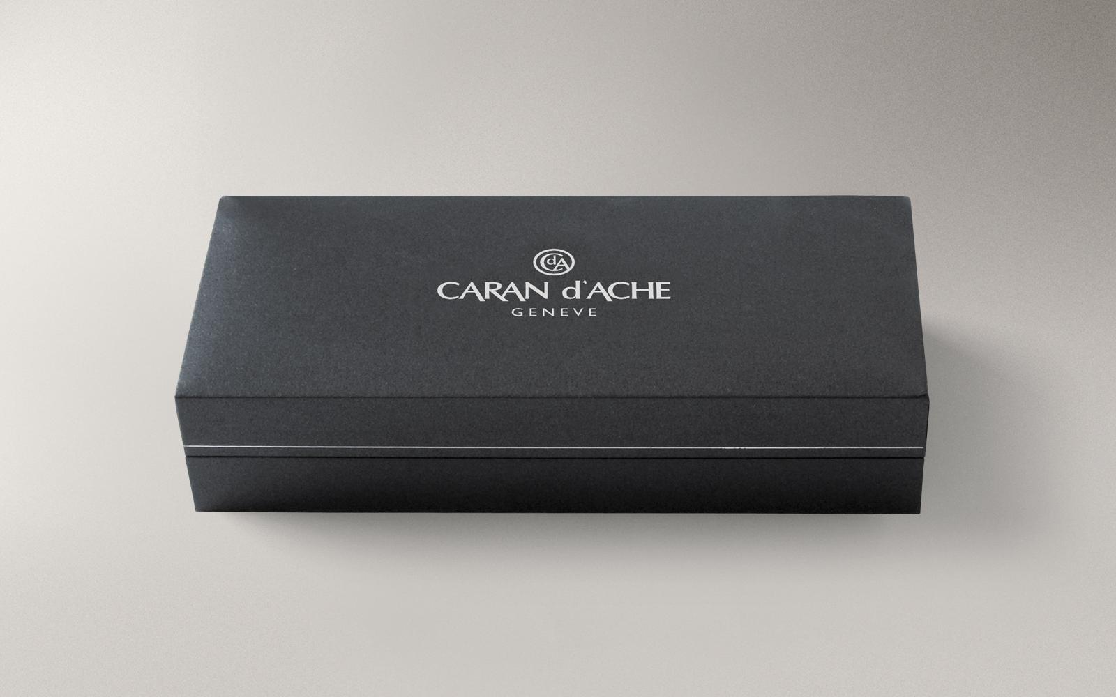 Ручка перьевая Carandache Ecridor F