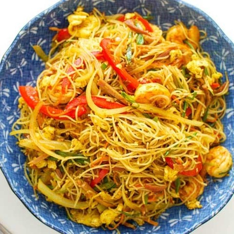 https://static-sl.insales.ru/images/products/1/2723/57952931/singapure_noodles2.jpg
