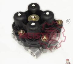 Клапан защитный 4-х контурный (Knorr-Bremse:AE4613) Multibrand MAN TGA,M/F2000,Lion's Classic,Iveco  Размер воздушного входного канала(ов): M22x1.5mm   Размер воздушного канала(ов) питания 21,22,23,24: M16x1.5mm   Контур 1-Обратная связь с байпасом.Давление открытия/закрытия: 6.9 Bar   Контур 2-Обратная связь с байпасом.Давление открытия/закрытия: 6.9 Bar  Контур 3-Обратная связь без байпаса.Давление открытия/закрытия: 7.0 Bar   Контур 4-Обратная связь без байпаса.Давление открытия/закрытия: 6.9 Bar   С защитной функцией от обратного истечения управляемая Контуром 1.   Внутренний ряд подачи от Контура 1 и 2 к 3 и 4  Производитель - COJALI OEM - 81521516096 1935487 9347023007 Wabco - 9347023000, 9347023007 SCANIA - 1935487  RVI - 5021175255  KNORR - AE4613