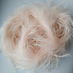 Боа  из перьев страуса и пуха 25 гр. светлый розово-персиковый