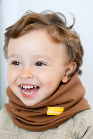 Детский снуд-горловинка из хлопка гладкий молочный шоколад