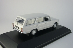 Polski Fiat 125P Kombi light grey 1975 IST082 IST Models 1:43