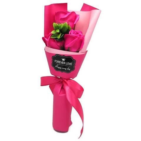 Букет из трёх мыльных роз малиновый
