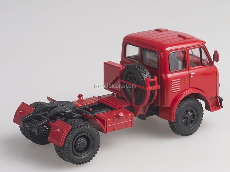 Scale car 1:43 red MAZ-504A