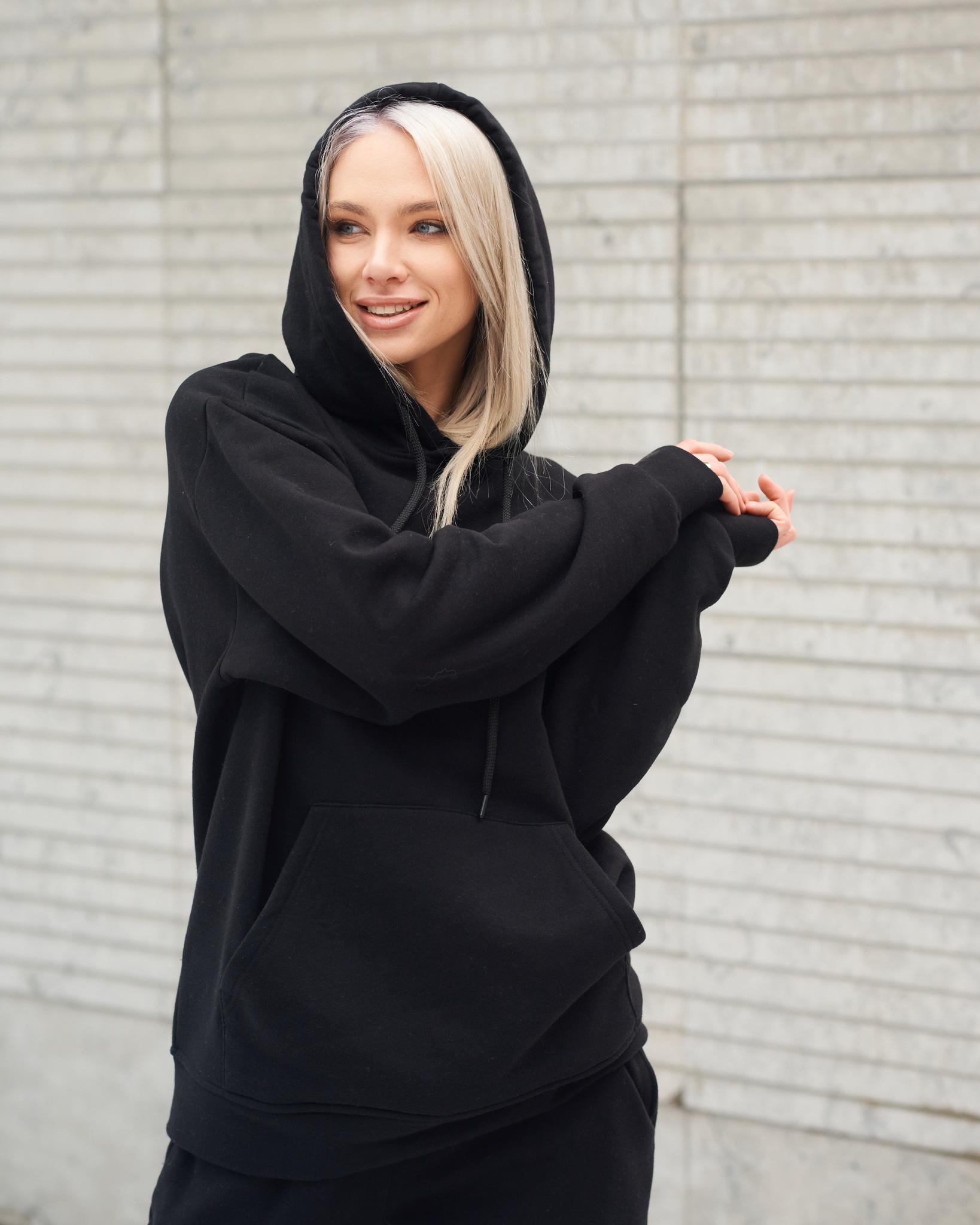 Костюм в спортивном стиле утепленный Black