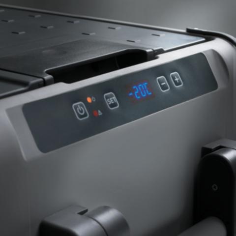 Автохолодильник Dometic CoolFreeze CFX-65 + дисплей CFX-WD, 60л, охл./мороз., диспл., пит. (12/24/22