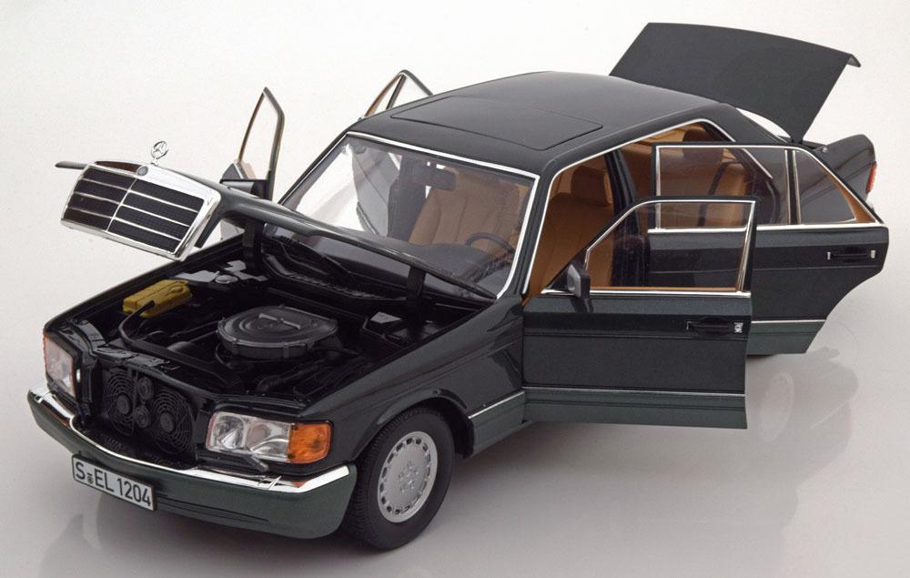 Коллекционная модель Mercedes-Benz W126 560 SEL 1985 Dark Green Metallic