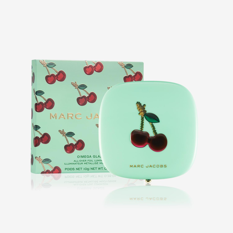 Marc Jacobs Beauty O!Mega Glaze All-Over Foil Luminizer – Very Merry Cherry Edition