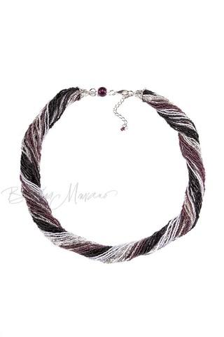 Бисерное ожерелье из 36 нитей черно-фиолетовое
