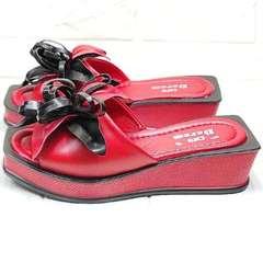 Летние босоножки шлепки женские Derem 042-921-02 Red Black.