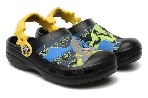 Сабо Крокс (Crocs) пляжные шлепанцы кроксы для мальчиков, цвет черный. Изображение 1 из 7.