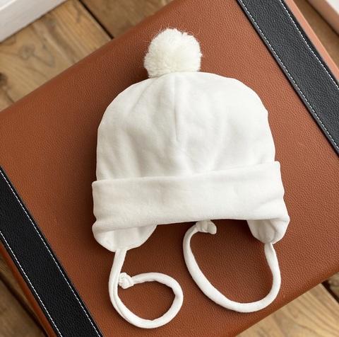 Велюровая шапочка для новорожденных (0-3 мес, молочный)