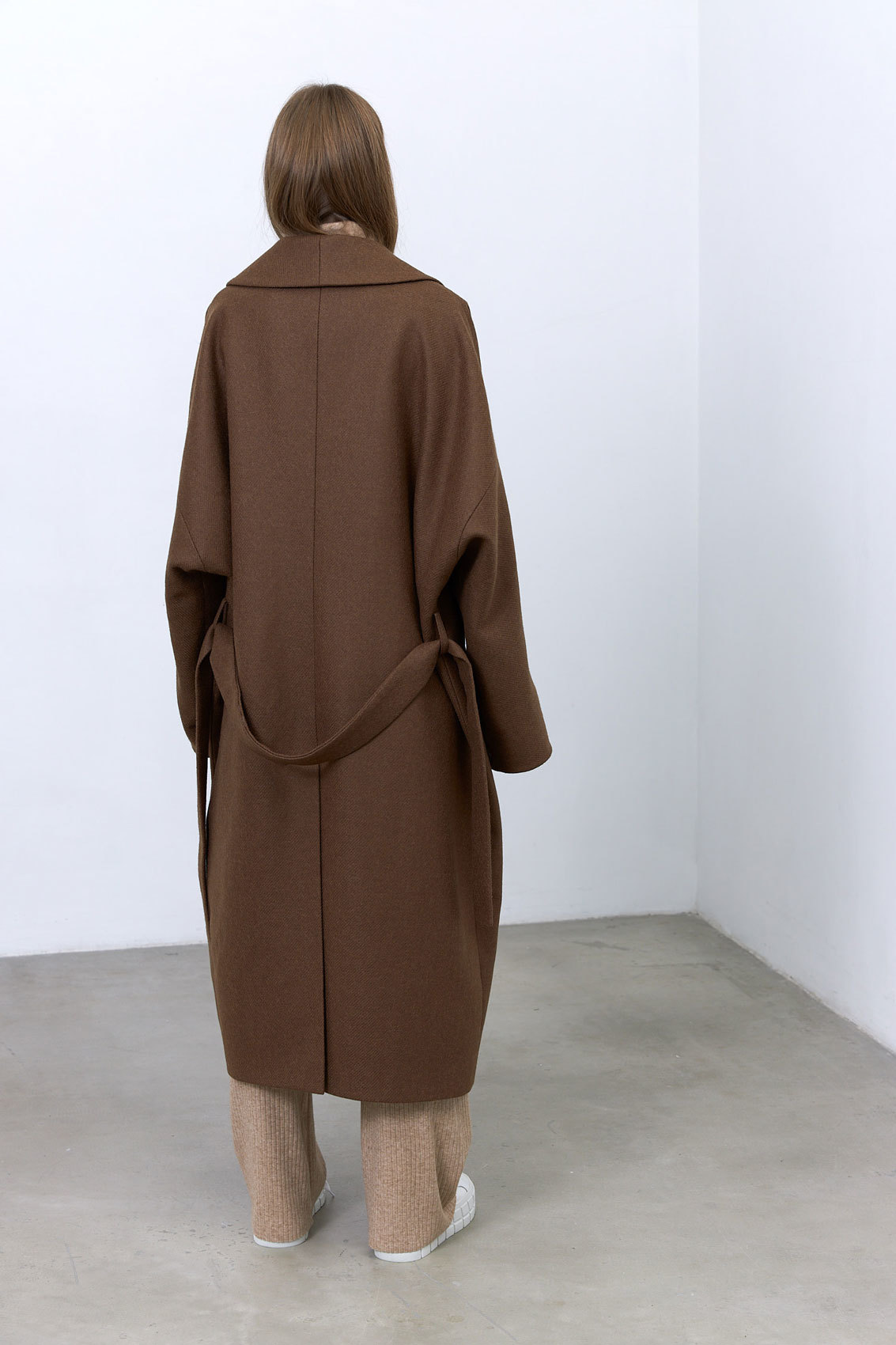 Пальто с комбинированным рукавом, кофейный