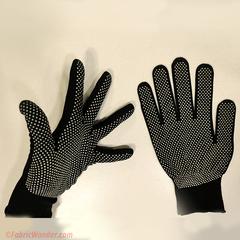 Перчатки с резиновыми пупырышками