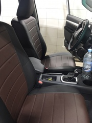 Чехлы на Toyota Hilux 2015–2021 г.в.