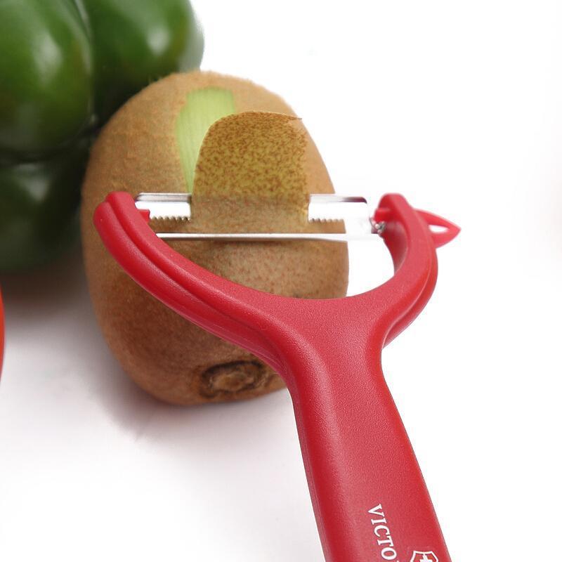 Овощечистка Victorinox Tomato and Kiwi Peeler (7.6079.1) цвет красный | Wenger-Victorinox.Ru