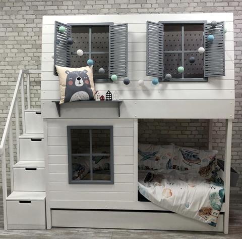 Двухъярусная кровать-домик с комодом для мальчика