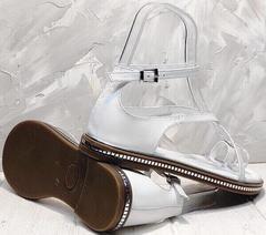 Босоножки на тонкой подошве сандали женские с закрытой пяткой Evromoda 454-402 White.