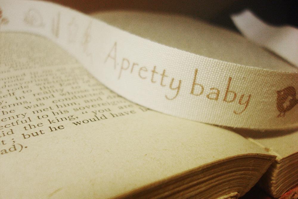 Тесьма декоративная с рисунком «A pretty baby»