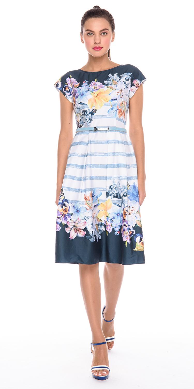 Платье З179а-732 - Яркое летнее платье из хлопка подойдет обладательницам любого типа фигуры. Узкий лиф и широкая юбка подчеркнут женственность форм и скроют недостатки. Нежный цветочный принт делает эту модель идеальной для весенне-летнего периода. Платье отлично сочетается с узким поясом, который поможет дополнительно подчеркнуть талию.