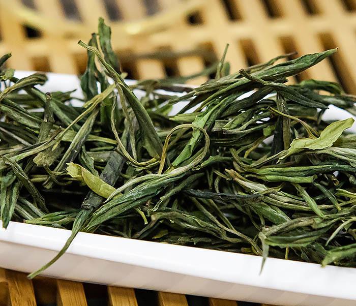 TEA-CH102-2 Зеленый чай «Ворсистые пики с желтой горы» (Хуан Шань Мао Фэн, 50 гр) фото 06