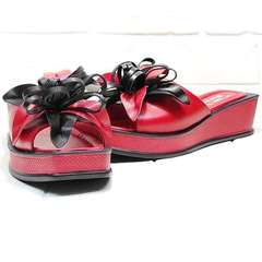 Модные босоножки шлепанцы женские Derem 042-921-02 Red Black.