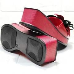 Красивые босоножки шлепанцы на платформе Derem 042-921-02 Red Black.