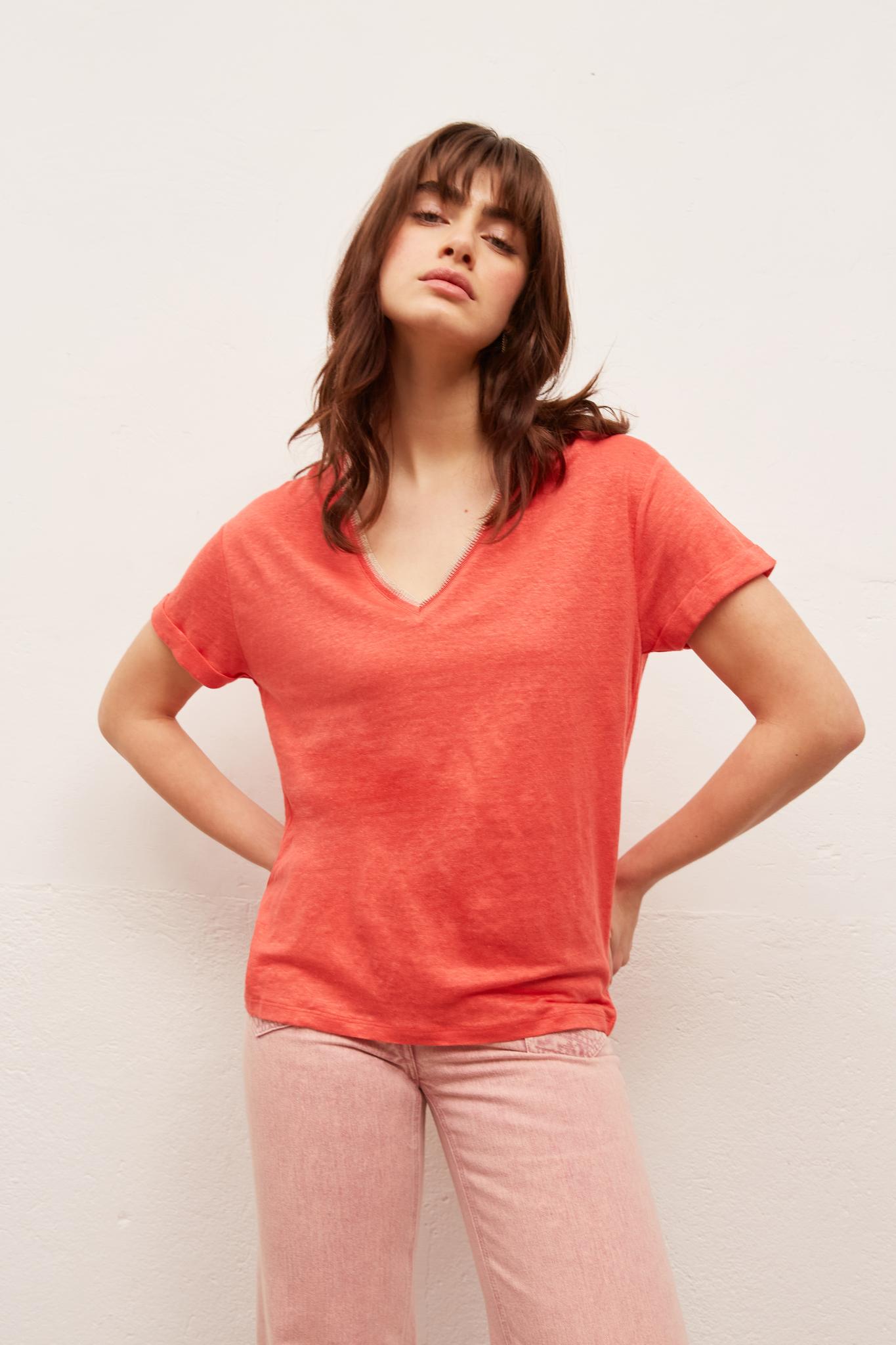 JOYA - Льняная футболка с V-образным вырезом