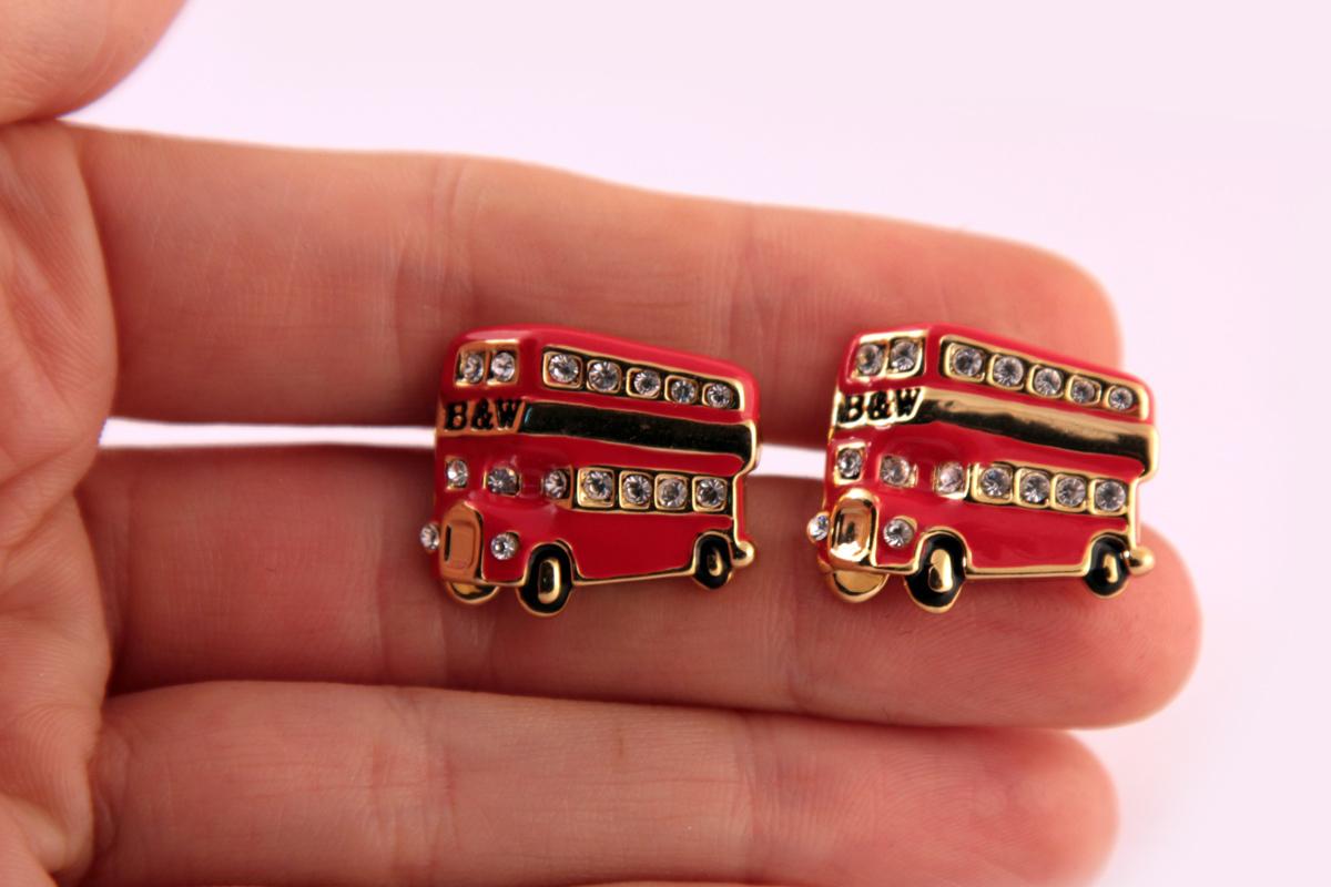 """Стильные запонки """"Лондонский автобус"""" от Butler&Wilson"""