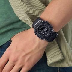 Часы мужские Casio GA-900SKE-8AER G-Shock