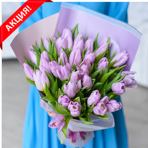 Букет 35 сиреневых тюльпанов