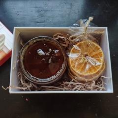 Подарочный набор Мед и чипсы фруктовые 350 г.