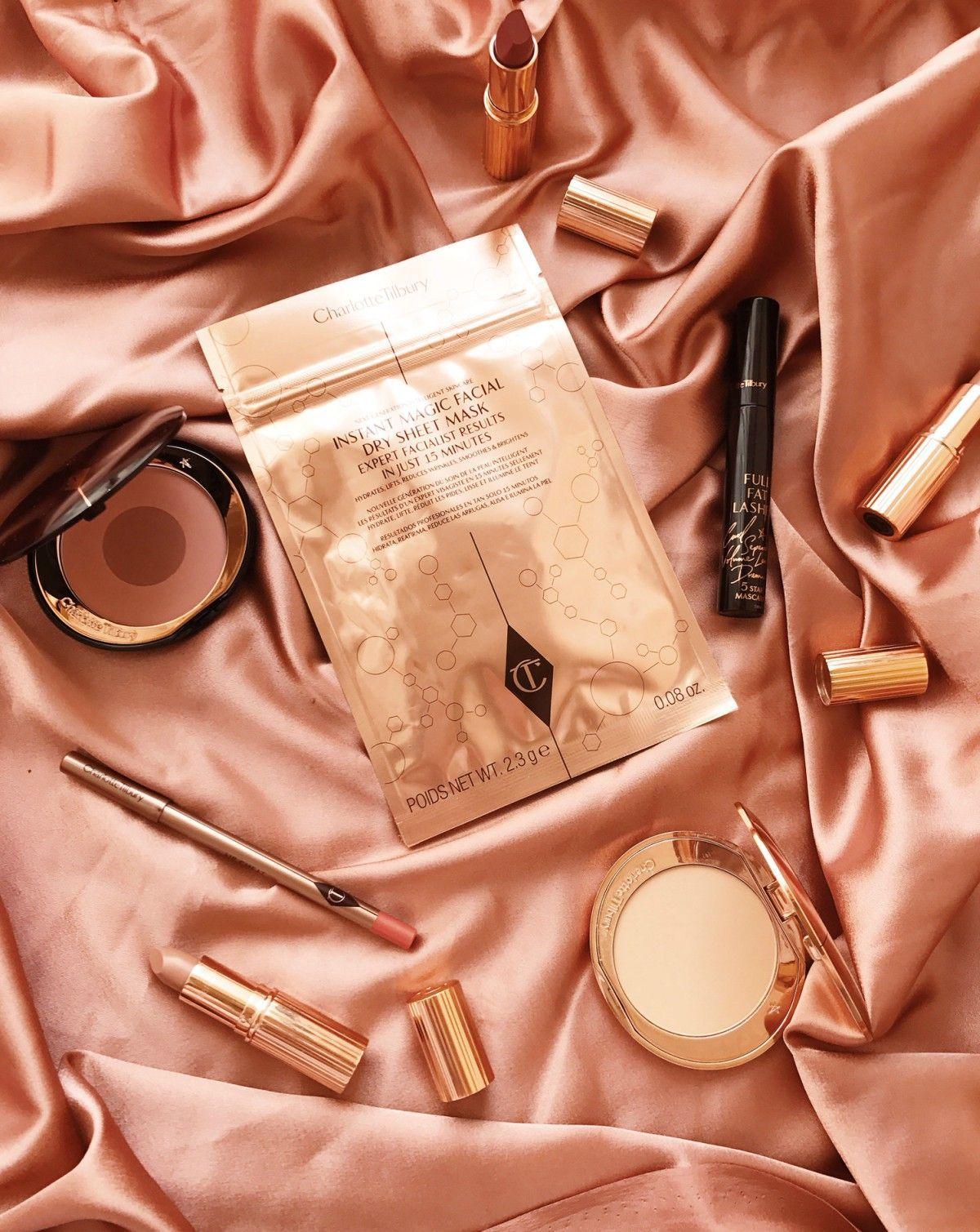 Сухая тканевая маска для тусклой кожи Charlotte Tilbury Revolutionary Instant Magic Facial Dry Sheet