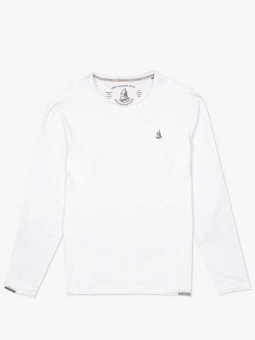 Long-sleeved V-neck white t-shirt