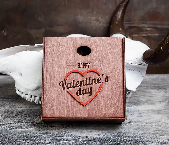 BOX206-3 Подарочная коробка «День святого Валентина» с сердцем (17*17*7 см) фото 02